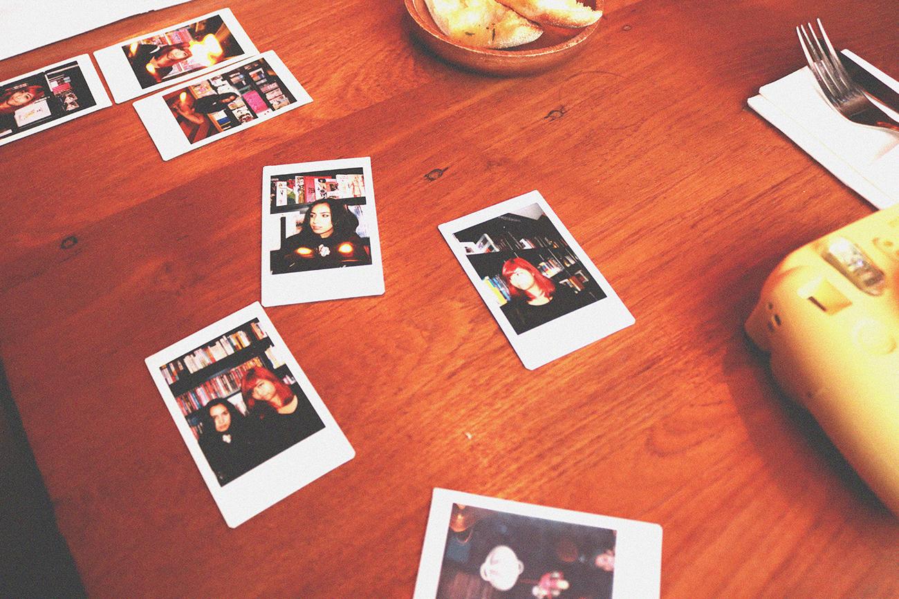 the 1816 blog_Vintage and Minimalist blog_Black and white fashion_clean and crisp style blog_Giuseppe Dubai_Giuseppe Italian Bistro Jumeirah_Venisse Guerrero_Venisse Lindenau_Rieza Macabinquil_dubai_Fashion Blog in Dubai (9)